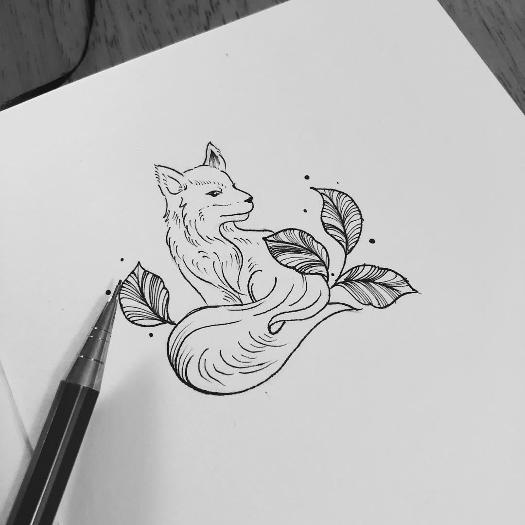 做网络的梁小姐狐狸纹身手稿